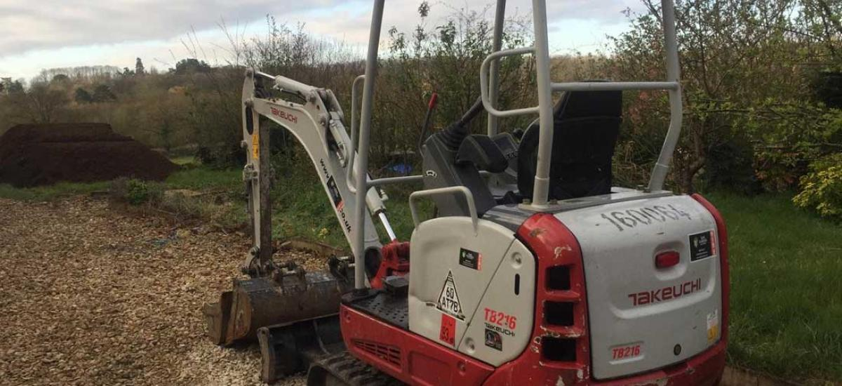 1.6 tonne digger hire for large garden project near Oakley, Oxfordshire