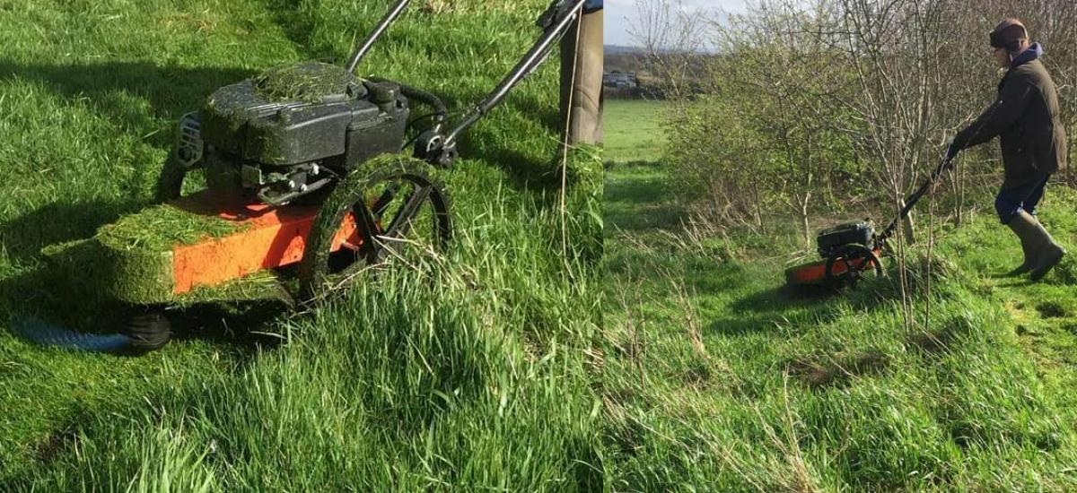 Demo of DR strimmer mower for customer in Oxfordshire