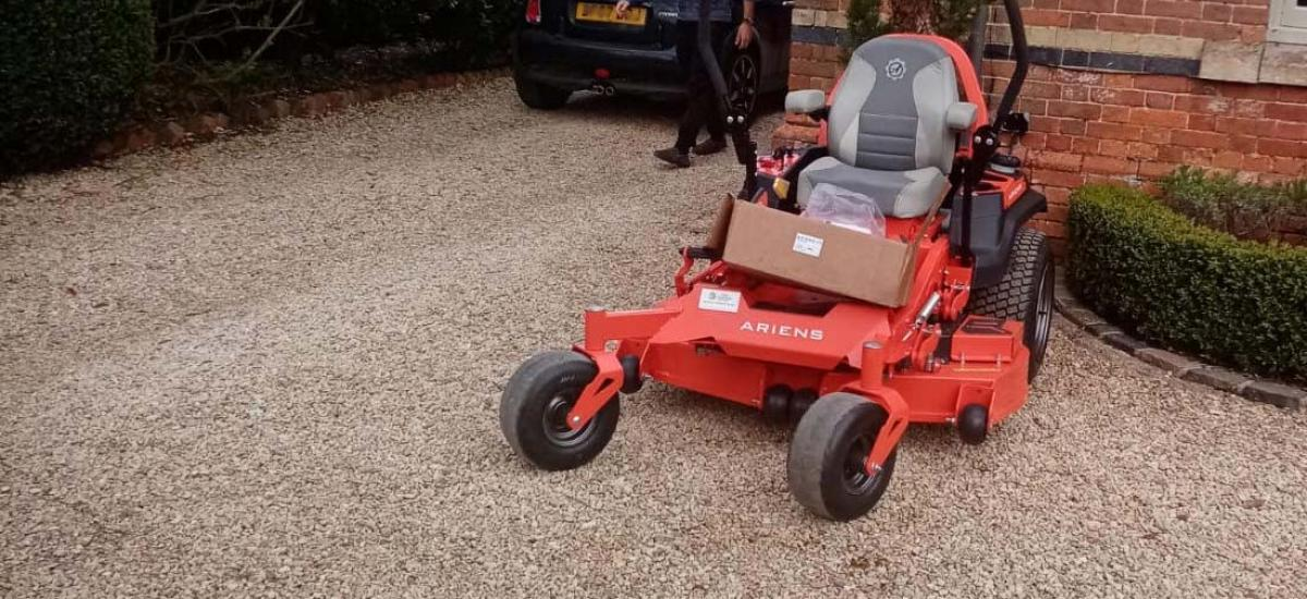 Ariens APEX Zero Turn ride-on mower sold to customer in Oxfordshire