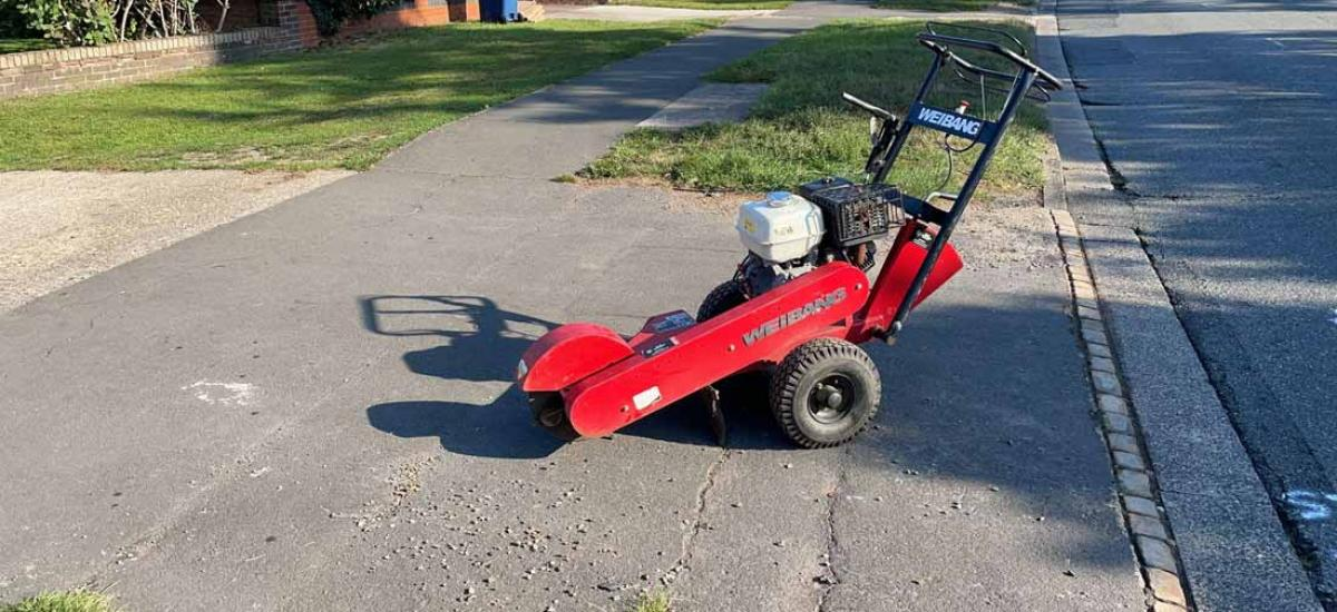 Stump grinder hire for tree removal in Aylesbury, Buckinghamshire