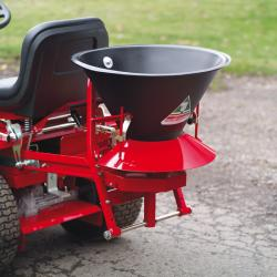 A useful broadcast spreader – ideal for spreading salt