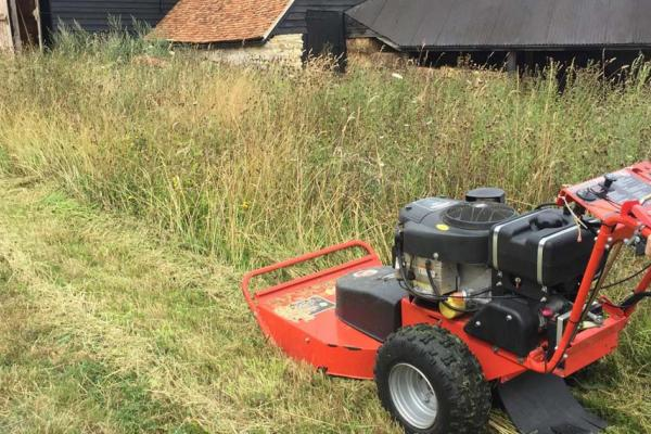 Brushcutter hire for farm in Wallingford, Oxfordshire