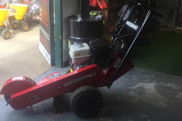 Stump grinder for single day hire in Aylesbury, Buckinghamshire