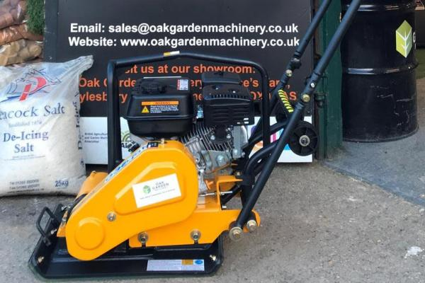 Lumag RP700 Pro Compactor Plate sold to customer in Thame, Oxfordshire