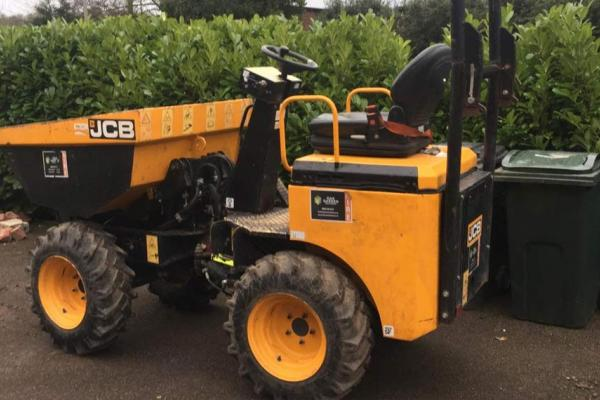Mini dumper hire for small construction project in Bledlow, Oxfordshire