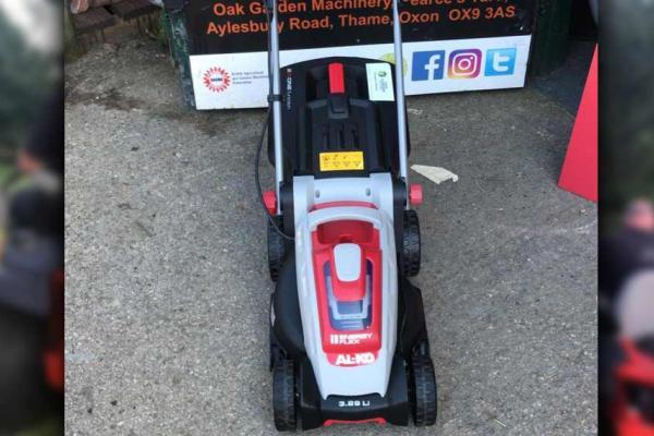 AL-KO battery powered lawnmower sold to customer in Aylesbury, Buckinghamshire