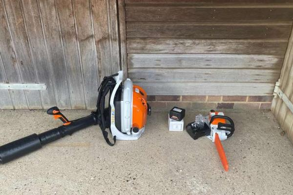 Stihl petrol blower and battery chainsaw sold to customer in Thame, Oxon