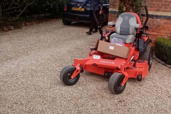 Ariens APEX Zero Turn ride-on mower sold to customer in Oxfordshire